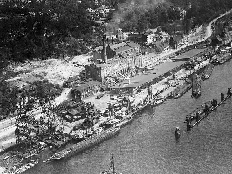 Blick auf die Hedrich'sche Mühle um 1923 (Foto: Familienarchiv Hedrich, Hamburg)