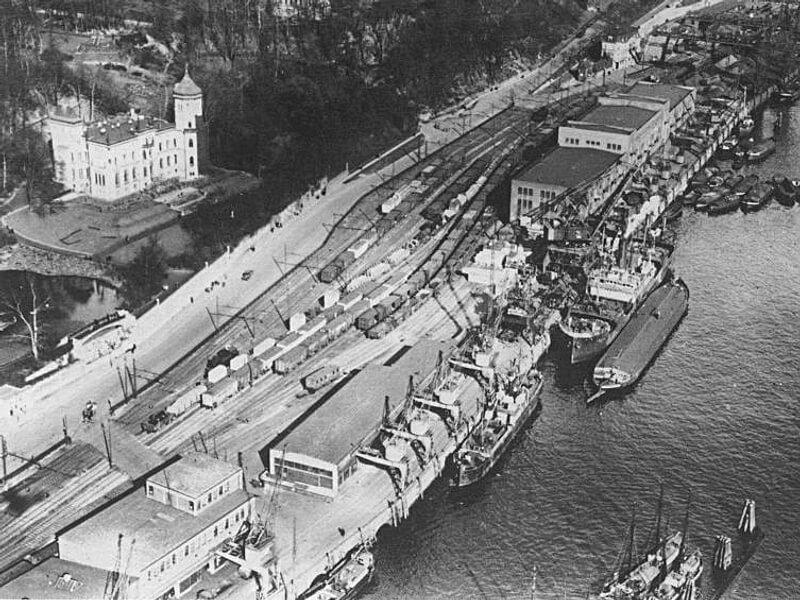 Aufsicht auf Neumühlen 1940. Links oben das Donnerschloß